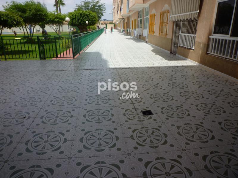 Piso en venta en calle villa madrid en centro por for Compartir piso madrid centro